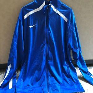 Men's Nike warm up jacket.